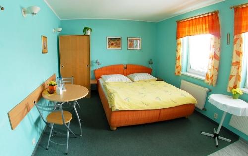room_33
